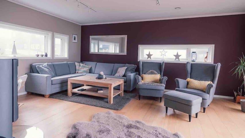 Kristiansand, Enebolig, Sjø, Dyrepark, Tennis, mm
