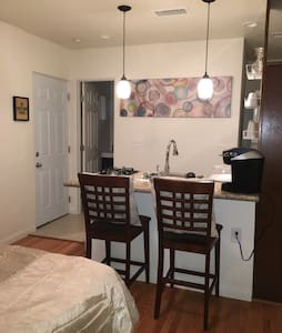 Great studio apartment in San Diego - National City
