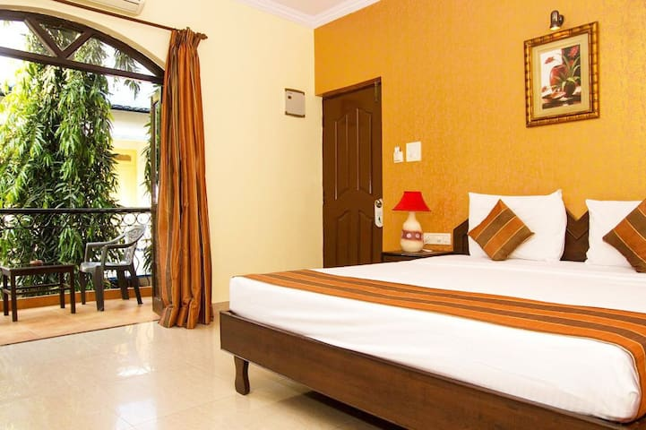 Charming Place With Pool Close To Baga Beach NRG