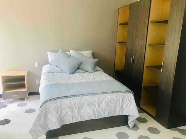 Loft - Cama / Bed Queen size