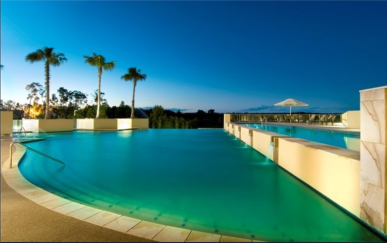 Relax & Renew at a Luxury  Day Spa & Golf Retreat