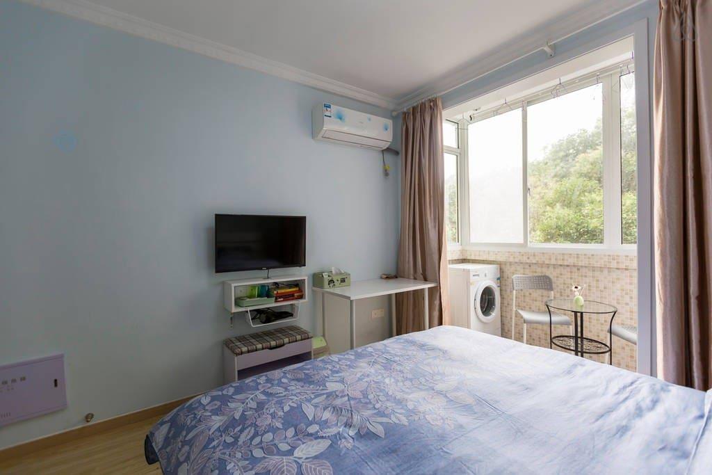 主卧房间-电视、空调