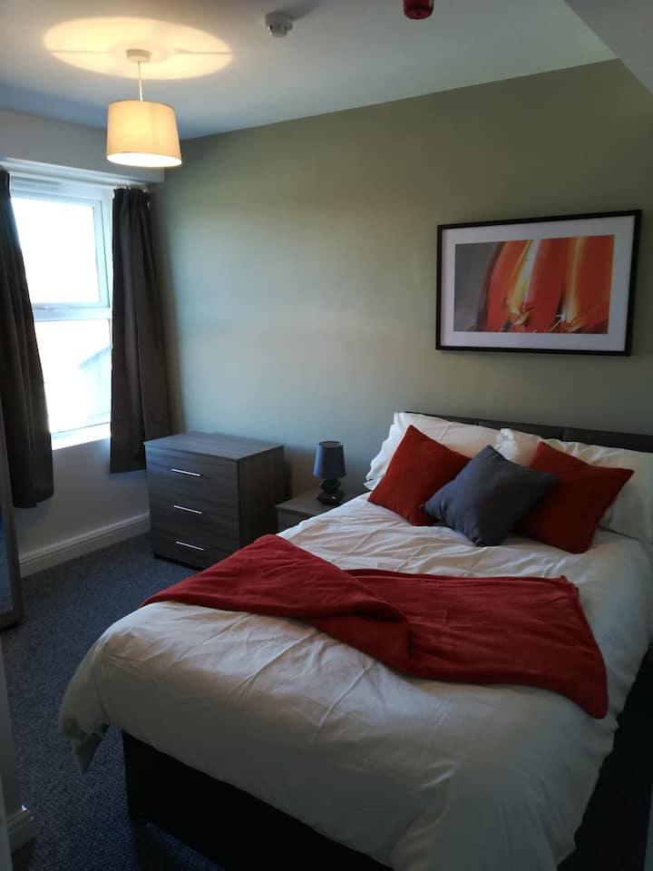 Private Room in Trendy Hunters Bar, Sheffield(Rm5)