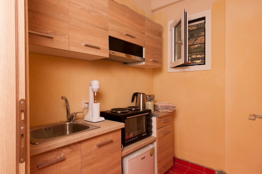 Shared kitchen with the other apartments