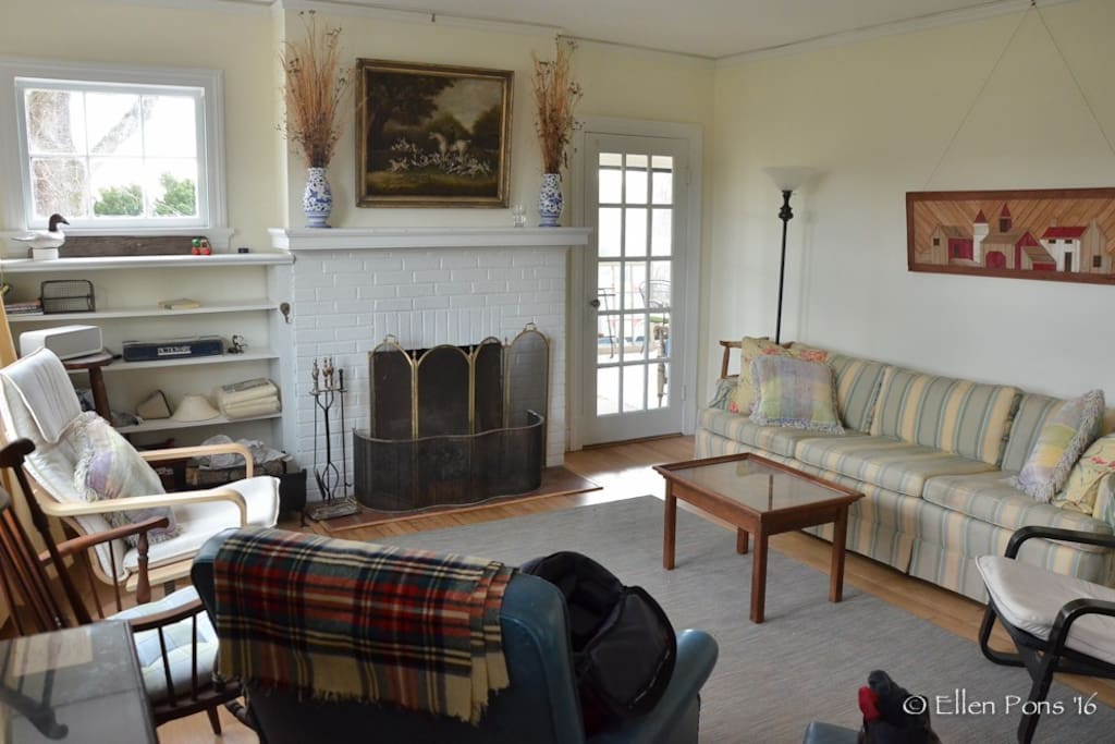 The living room has an easy flow to the dining room or out to the sunporch.
