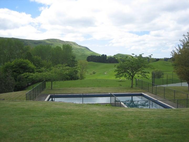 Rural Retreat. Farm Homestead