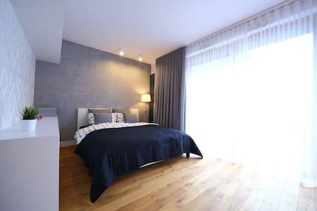 Ł16 Old Town Apartment - Balcony - Krakova - Huoneisto