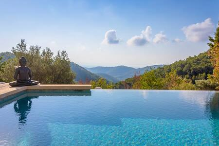 Finca with stunning infinity pool&spectacular view - Esporles