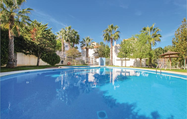 Terraced house with 2 bedrooms on 80m² in Gran Alacant
