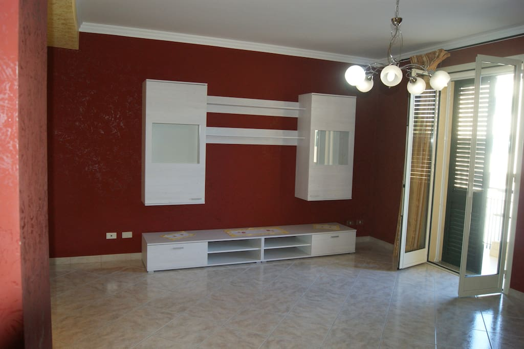 Ampio salone