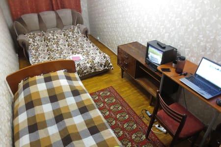 Двушка рядом с м. Новогиреево - Moskva - Hotellipalvelut tarjoava huoneisto
