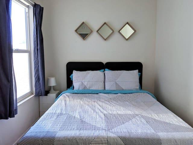 Quiet & Cozy Room Near Highland Hospital