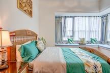东南亚风格次房,床品全部使用超五星贡缎面料