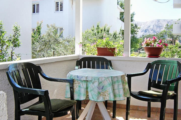 Two bedroom apartment with terrace Baška, Krk (A-5443-b)