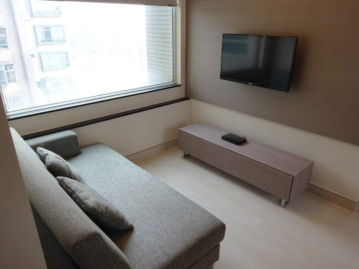 3-bedrooms apt near Ho Man Tin MTR