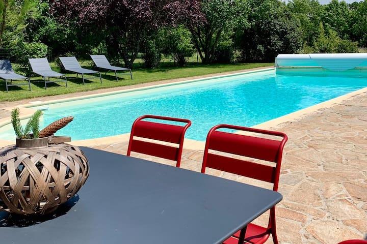 Agreable maison avec piscine, coeur du vignoble.