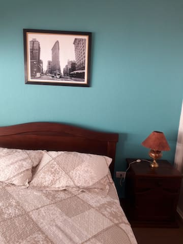 Dormitorio cama camera , conTV
