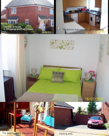 Double bedroom in modern house - East Cowes - Rumah