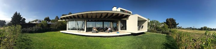 Gi's Place:Fully Equipped Modern House in Marbella