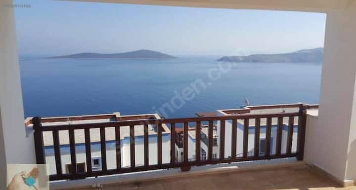 fully furnished, clean, balcony and sea view