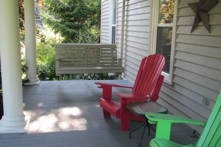 301 - 2 double beds, 56 Main St., Wolfville, N. S.