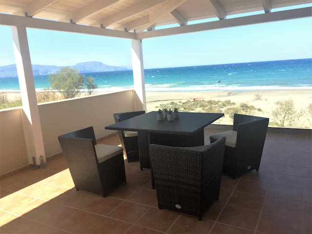 Paralia #2, house on the sand - Rethimnon