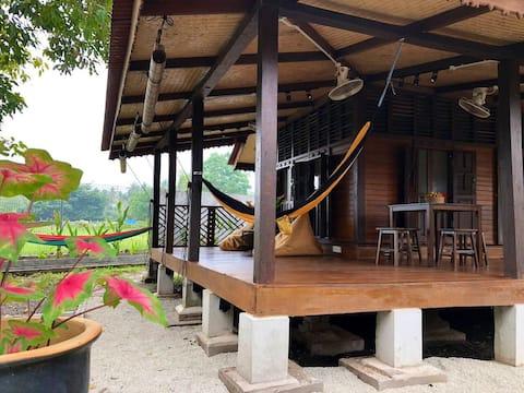 DAMAI BAYU - Cosy Langkawi Farmer's Cottage