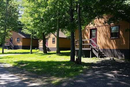 Cabins & Lodge Rooms where Rustic meets Elegance! - Oswego