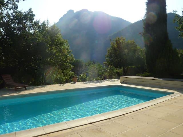 Studio DOLCE VITA à proximité de Nyons - Saint-Ferréol-Trente-Pas