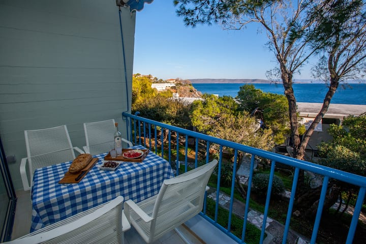 Relaxing Bangalow by the sea in Sounio