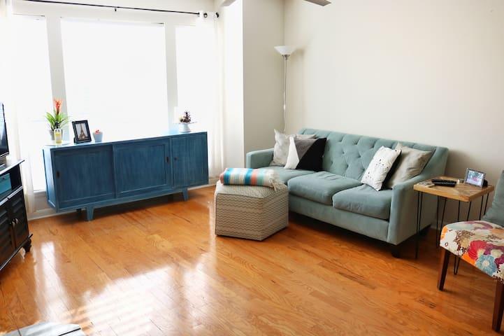 Quiet & Cozy Home in Brentwood