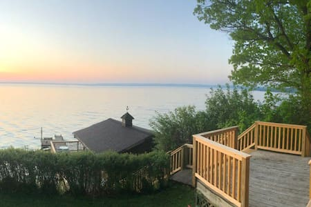 Seneca Lake refuge in the middle of wine country