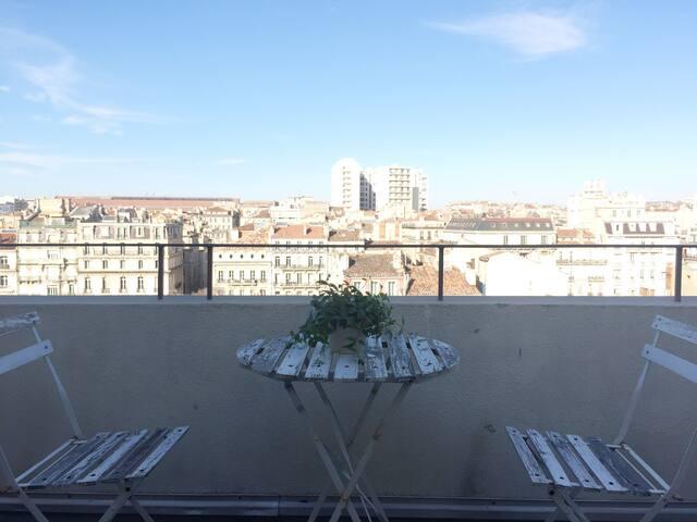 Beau studio avec terrasse au centre de Marseille - Marsella
