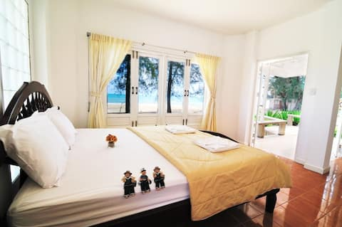 Baan Maprow Resort by Koh Talu Island Resort