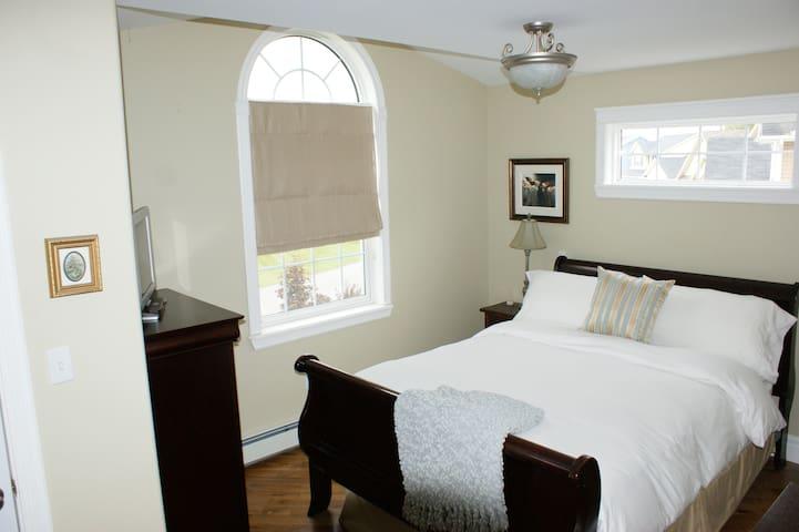 Registered Bed & Breakfast - Own Private Floor. - Stratford - Bed & Breakfast