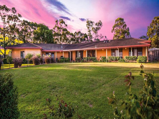 Burncroft Guest House - Lovedale Hunter Valley