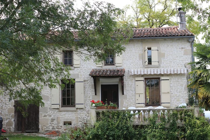 Family friendly farm house - Aulnay