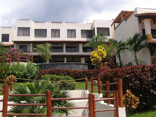 VISTA AL  MAR COCO SUNSET HILLS - Liberia - Lägenhet