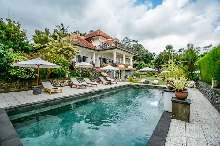 Bukit Asri Lodge for nature,culture and the beach.