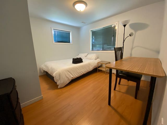 Spread out in your double bed, and enjoy the space on a large desk. There is a great view of Preservation Park from this room.