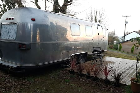 Luxurious spacious Airstream - Gunnislake  - Karavan