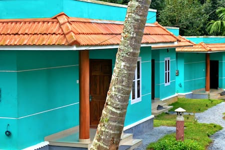 Kalizta Forest Resorts - Wayanad - Bed & Breakfast