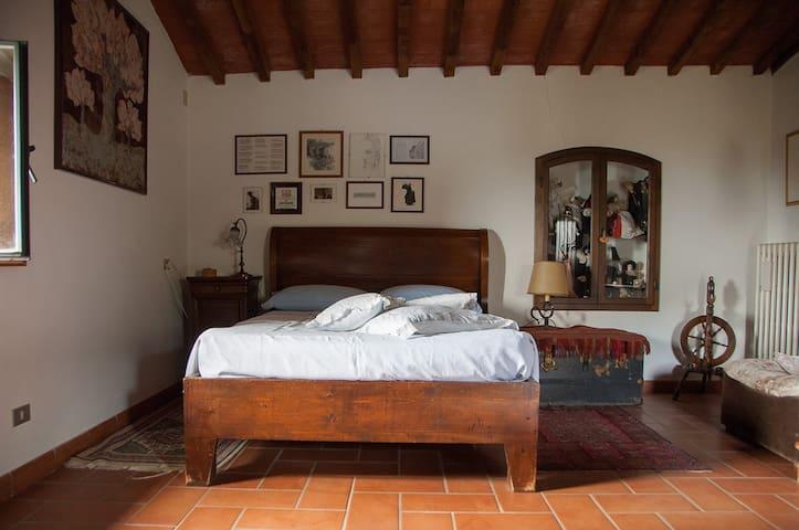 casa romantica, campagna toscana - Pelago - House