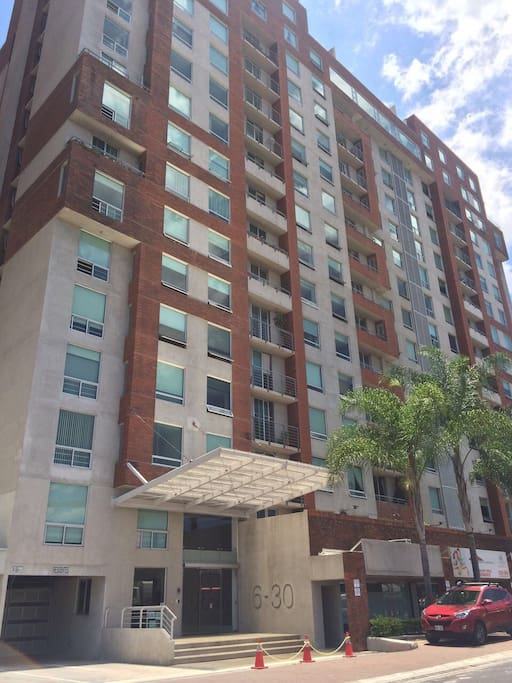 Chic one bedroom centrally located apartments for rent for 1 bedroom apartments san jose
