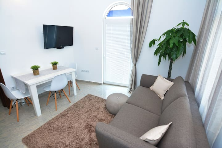 Brand New - 1 Bedroom Apartment with Balcony