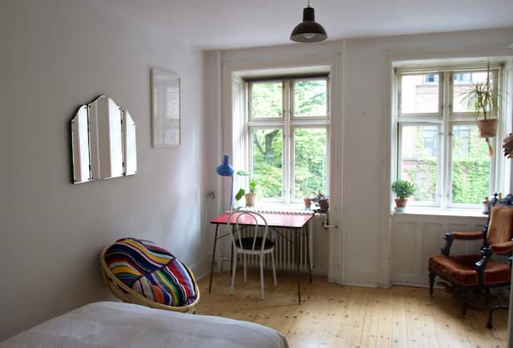 Perfectly located artist hub in Vesterbro, Cph!