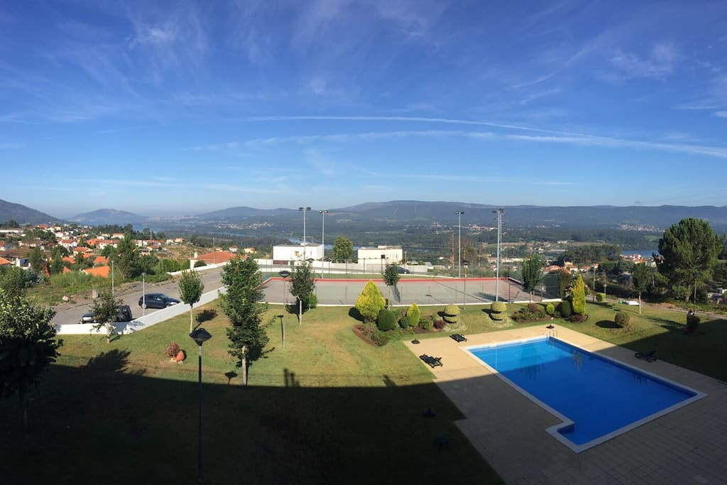 viana do castelo black dating site Apartment with 1 bedroom, living/dinning room (with sofa bed), bathroom, kitchen (fully equipped) and a nice balcony it has equipped with air conditioning, cable tv and internet.