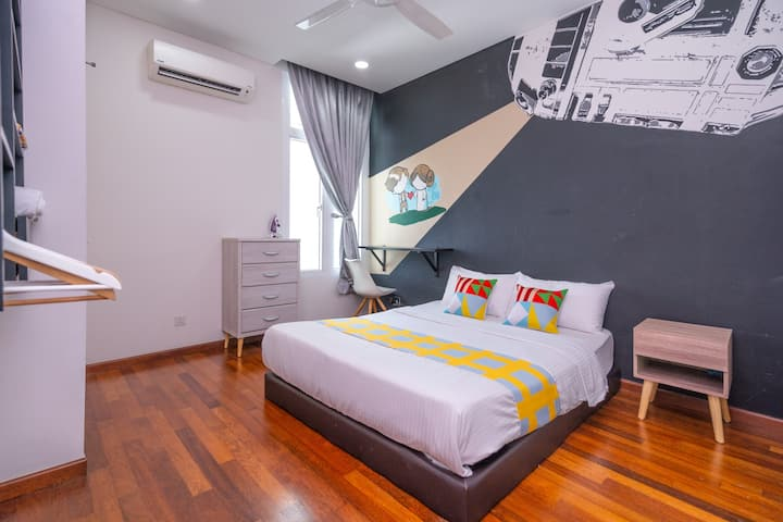 Classic Room Stay In Marvelous 1 BR Medini