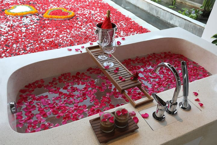 1-bedroom romantic villa is a private pool villa with option of open air an ensuite bathroom