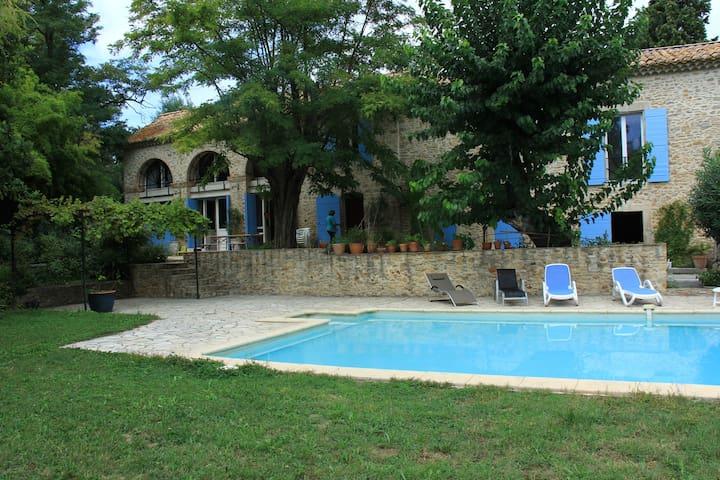 Mas Provençal - Bagnols-sur-Cèze - House